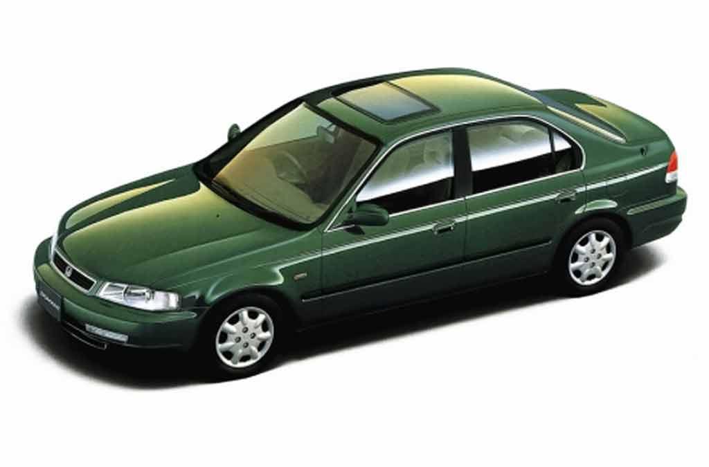 Кузовной ремонт и покраска Хонда Домани