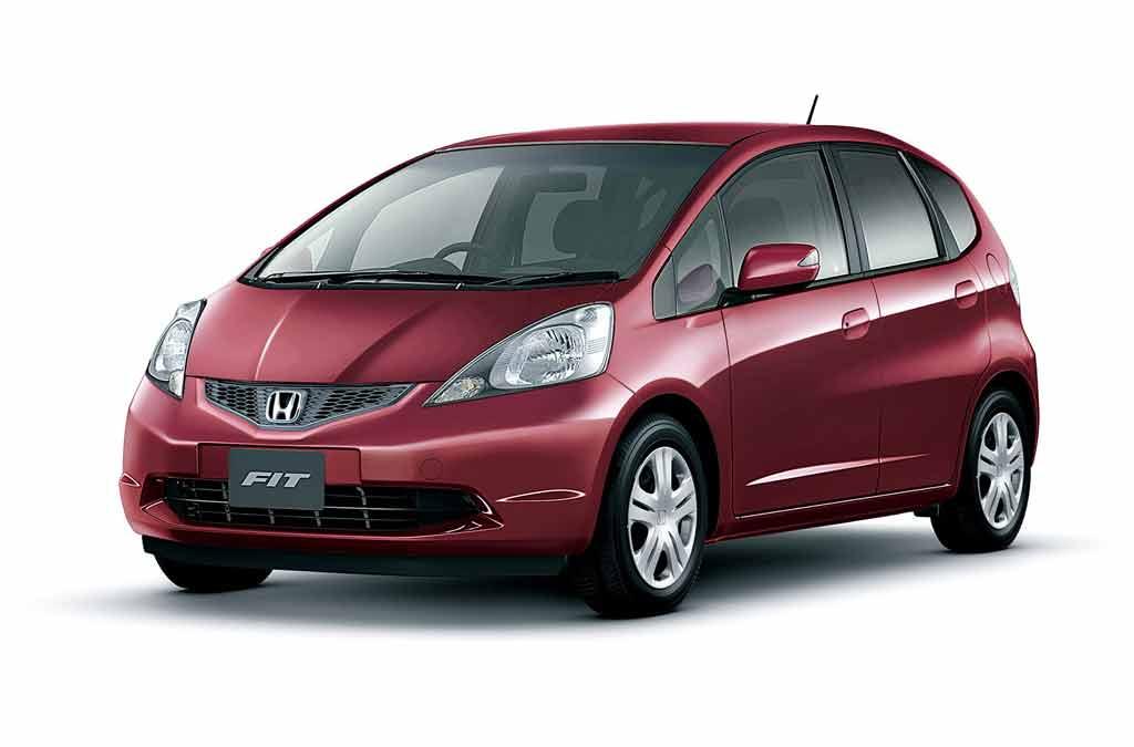 Кузовной ремонт и покраска Хонда Фит